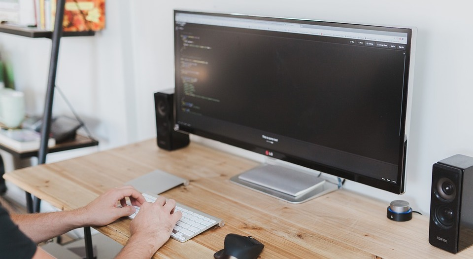 black-friday-computer-monitors