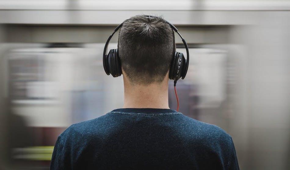 black-friday-headphone-deals