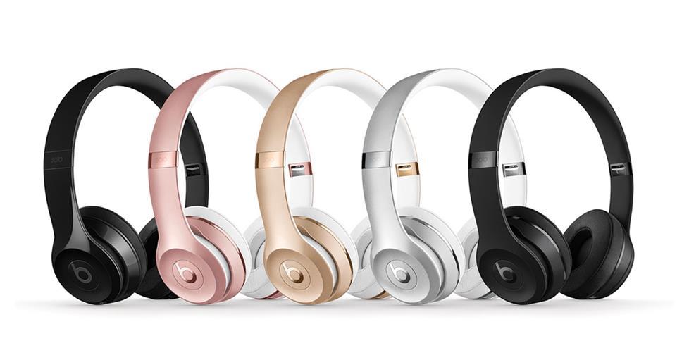 cyber-monday-wireless-headphones
