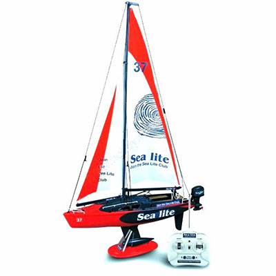 4 Best RC Sailboats of 2019 - 3D Insider