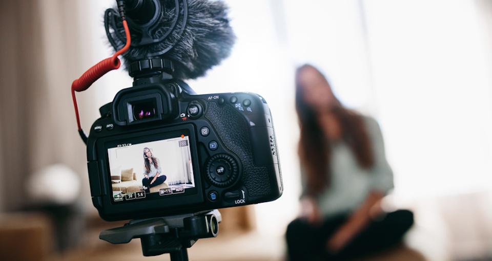 video-camera-cyber-monday-deals