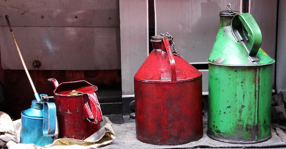 How to Choose Lubricants for Plastics