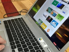 What are the Pros and Cons of using a Chromebook?