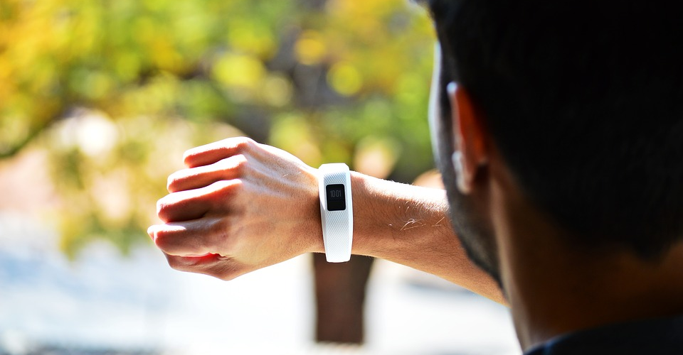 6 Best Alternatives to Fitbit Fitness Trackers