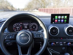 6 Best CarPlay Head Units of 2019