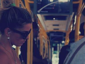 10 Best Earbuds Under $20