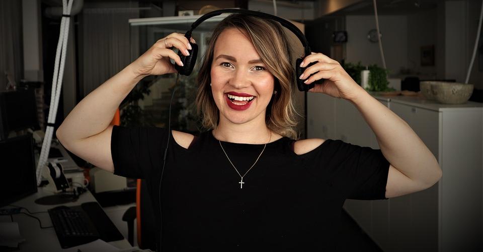 15 Best Podcasting Headphones