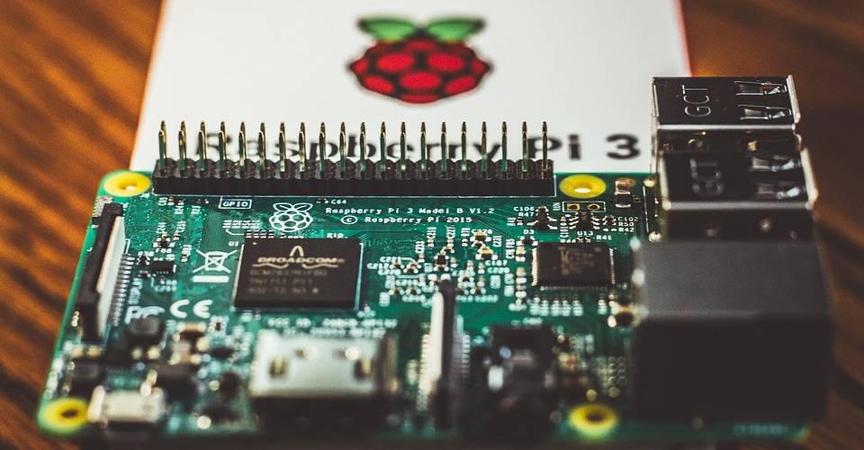5 Best Raspberry Pi Kits in 2019