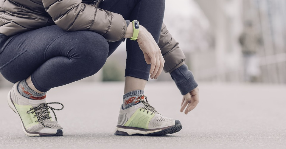 6 Best Fashionable Fitness Trackers