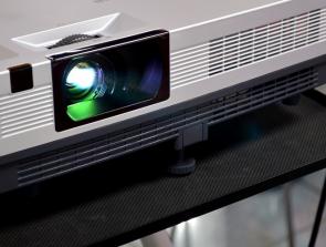 10 Best Projectors Under $200