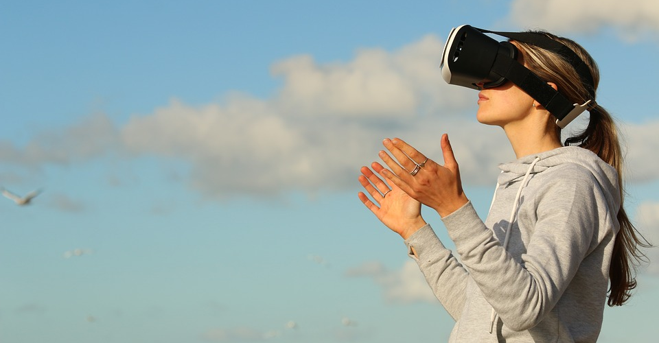 The History of VR: When was it created and who invented it?