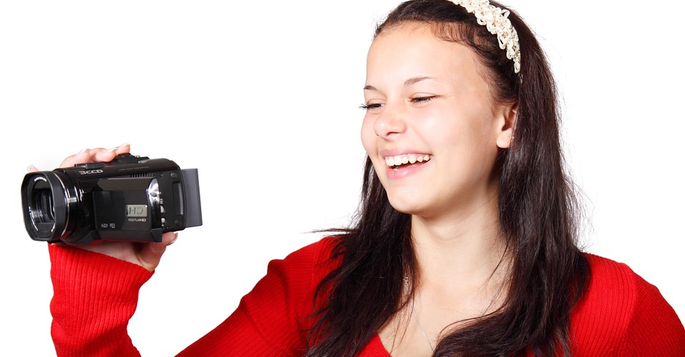 12 Best Camcorder Under $500