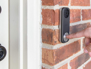 5 Best Doorbell Cameras that You Can Buy in 2019