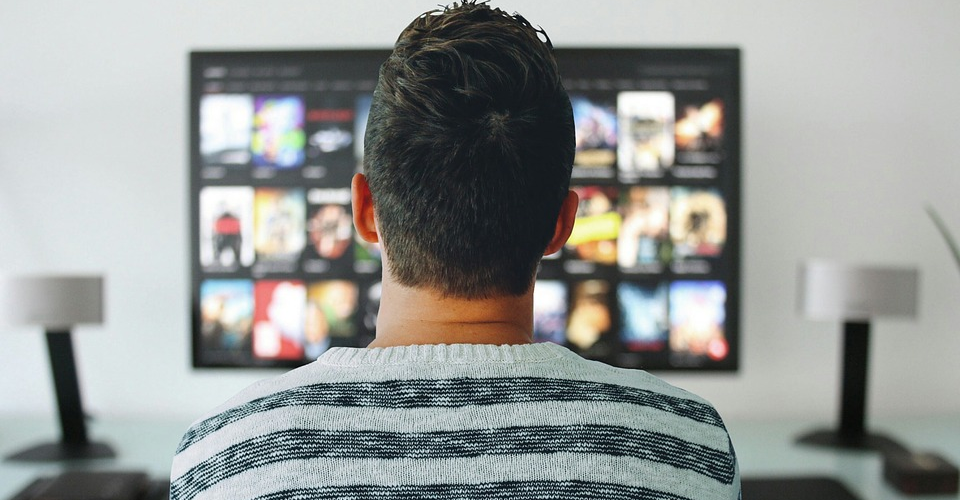 15 Must-Have 4K TV Accessories