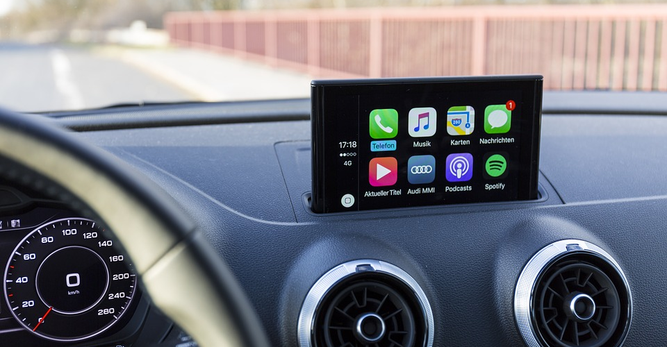 Can I Use Apple CarPlay with an Android Phone?
