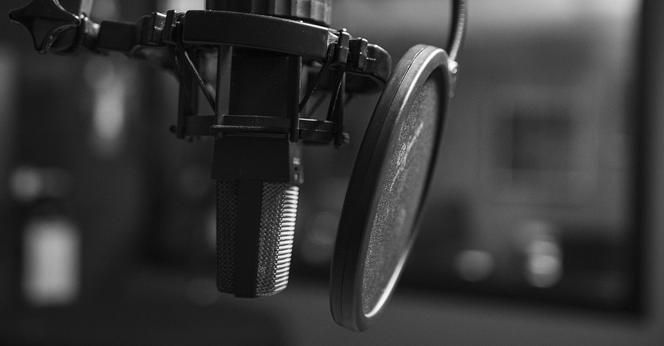 Must-Have Podcast Equipment for Beginners – Getting Started