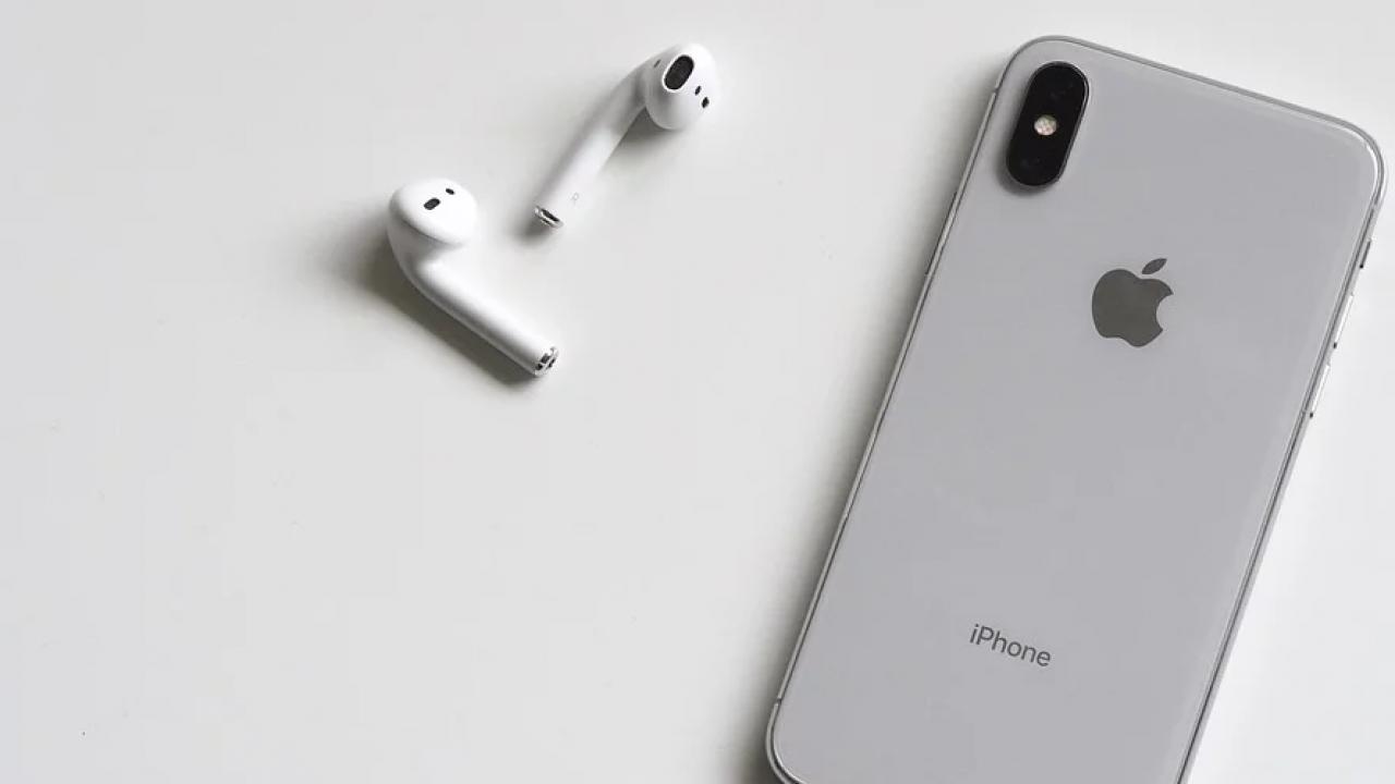 Wireless Earbud Black Friday 2019 Deals 3d Insider