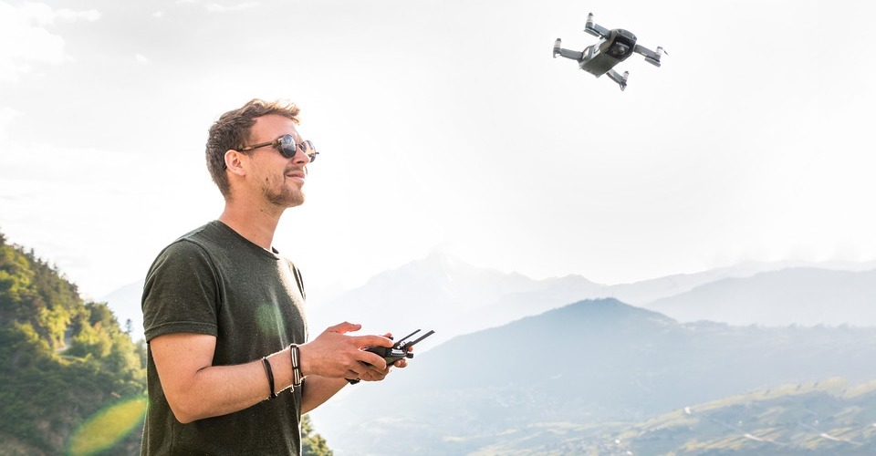 DJI Mavic Air and Mini vs. Parrot Anafi vs. Yuneec Mantis Q: Which One Should You Get?