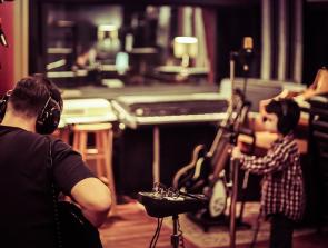 6 Best Recording Studio Equipment
