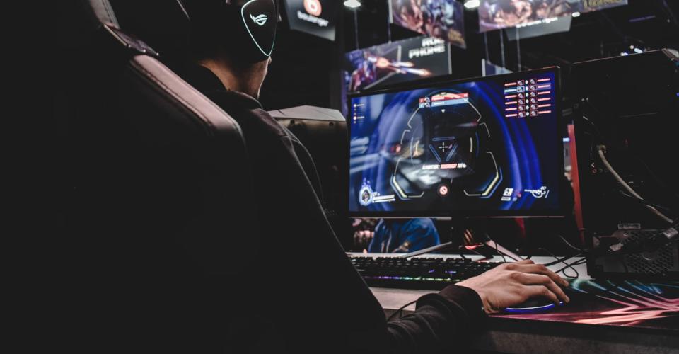 6 Best Gaming Mice Under $100 in 2020