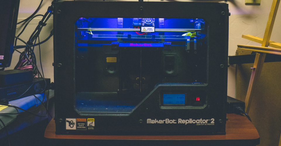 How to Choose a 3D Printer: Tips That Will Save You Money