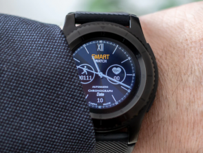 Statistics on Smartwatches, Fitness Trackers, and Other Wearables