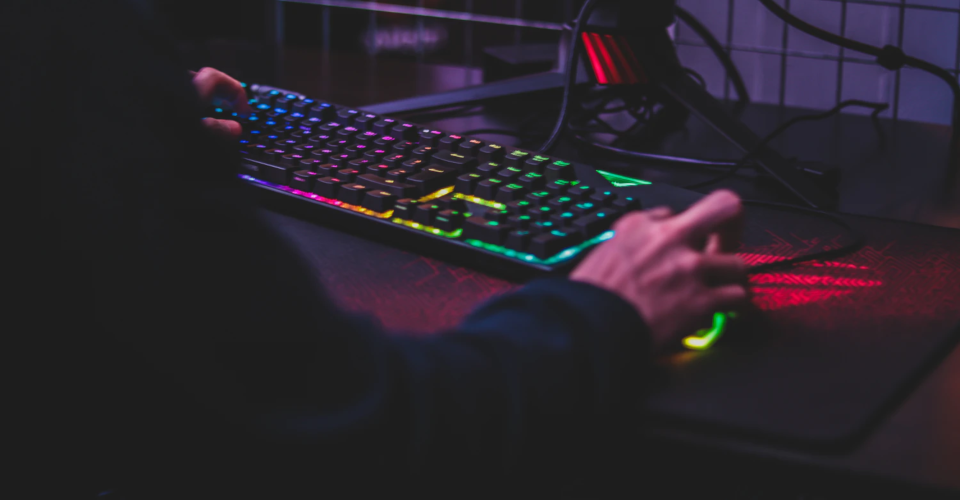 7 Best Expensive Gaming Mice Above $100