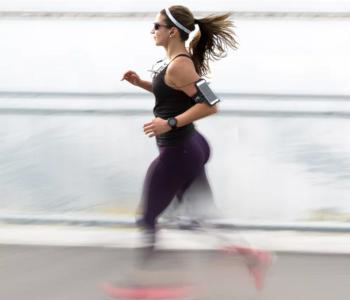 woman-using-fitness-tracker
