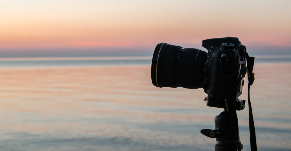6 Best Low Light Lenses for Canon Cameras in 2020