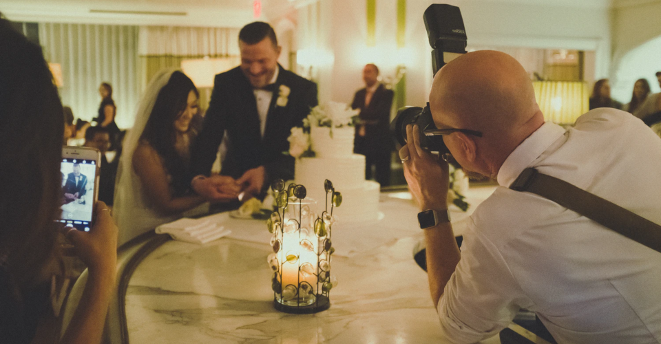6 Best Weddings Cameras for 2020