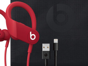 Headphones Comparison: Beats Powerbeats 4 vs. Beats Powerbeats3