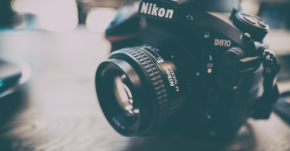 Nikon D750 vs Nikon D810: Which One is For You
