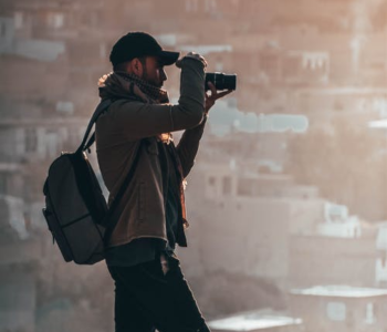 photographer shooting photos