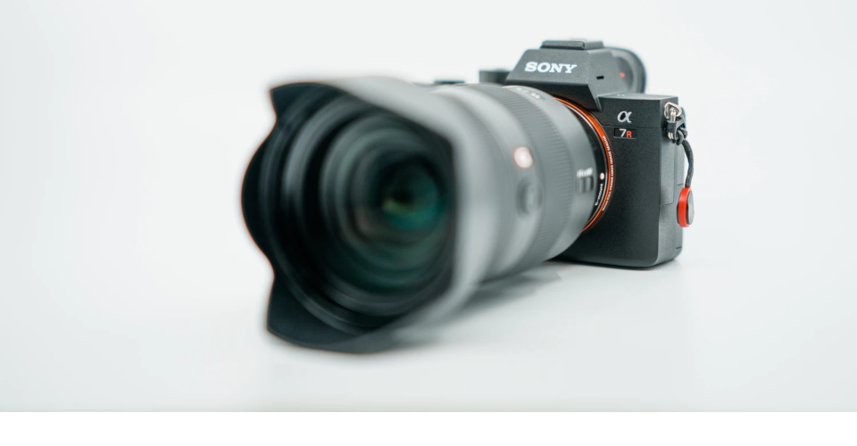 12 Best Sony a7R III Accessories in 2020