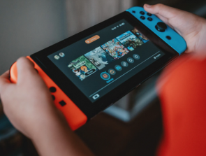6 Best Handheld Game System Picks for 2020