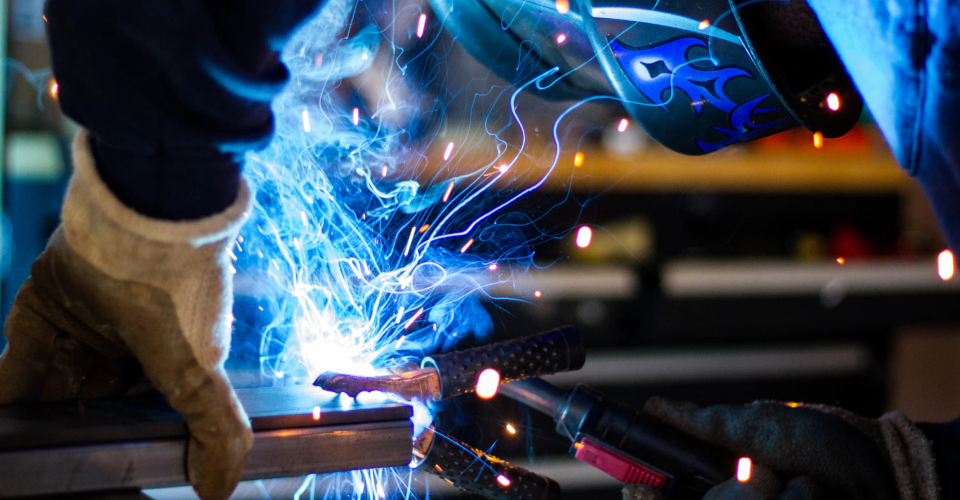 Which Industries Use Fiber Lasers?