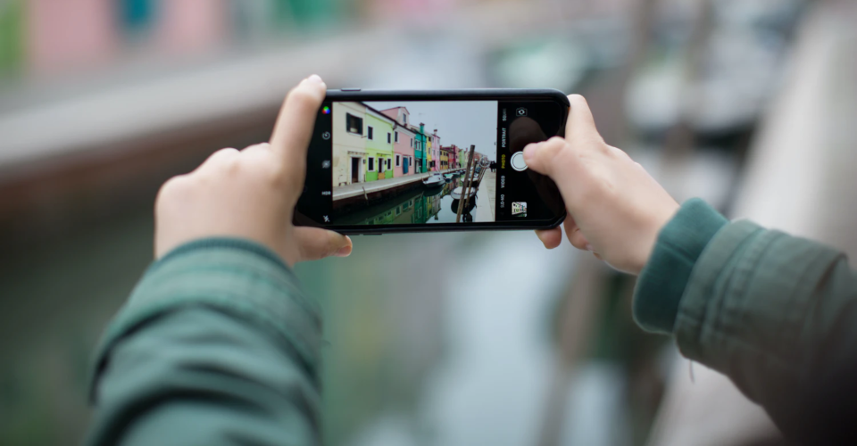 How to Make 360-Degree Videos Using Your Phone