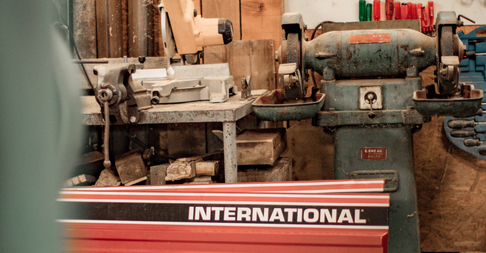 Lathe Vs. Mill – How They Are Different and Which One to Use