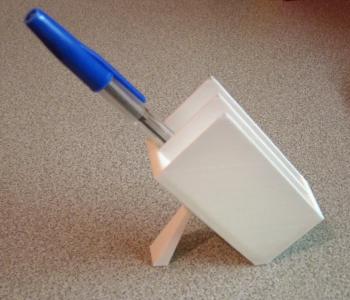 Minimalist pen holder