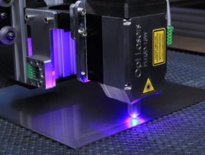 Diode Lasers Vs. CO2 Lasers – Which One is Best for Laser Engraving?